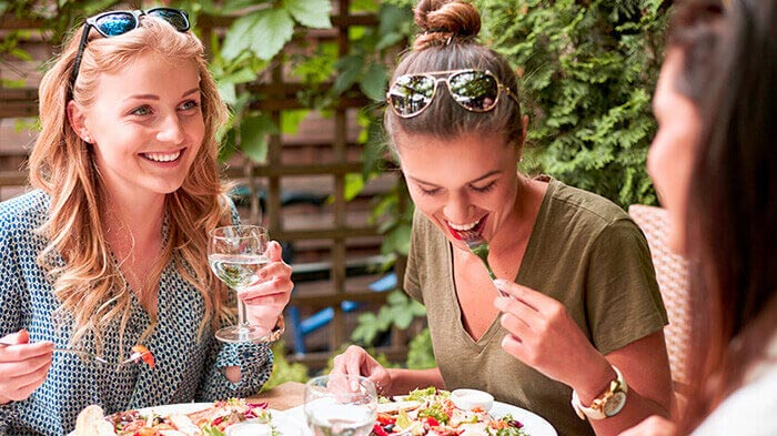 4 Delicious Ideas for a Girls' Night or Day!