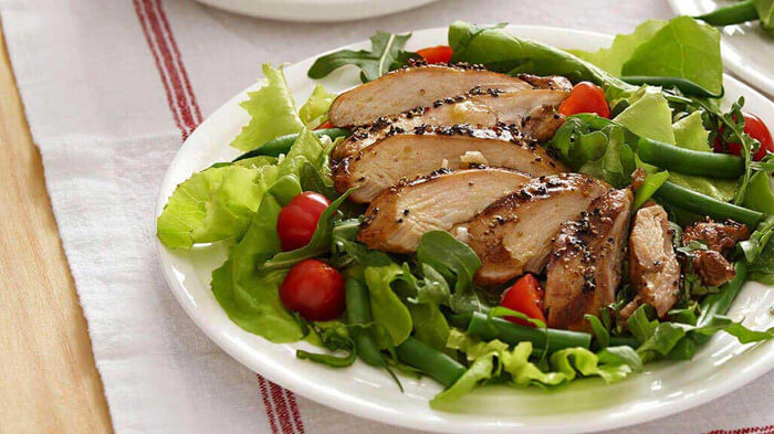 Grilled Peppered Chicken Salad