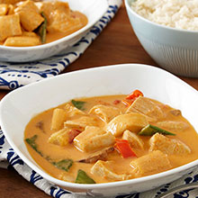 4-Ingredient Slow Cooker Red Curry Chicken